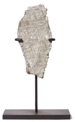 Метеорит Муонионалуста 94,81 гр на подставке
